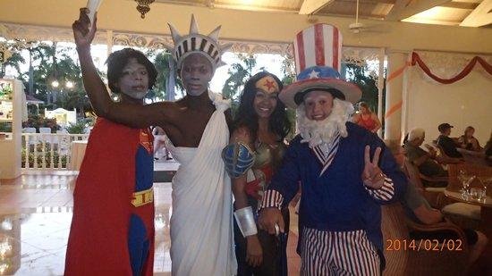 Luxury Bahia Principe Bouganville: Superbowl party staff