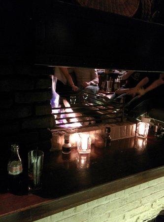 Barbeque Castell: Fireplace