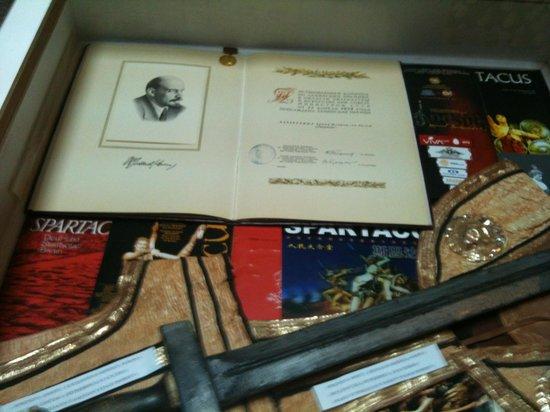 Aram Khachaturian Museum : Bacheca