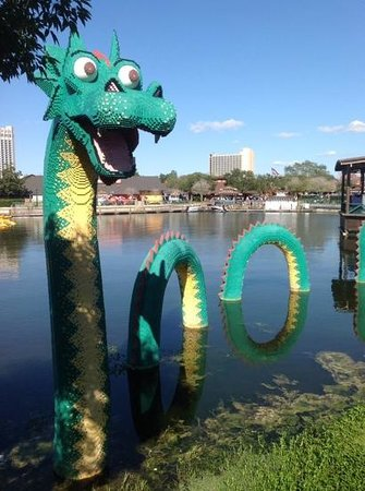 Disney Springs: Legos