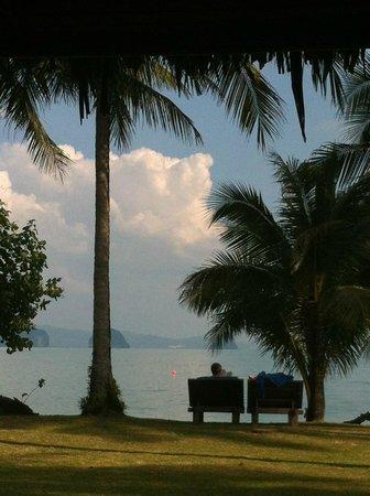 Koyao Island Resort: vue de la chambre