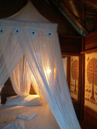 Casa Nemo Beach Resort and SPA: bungalow inside