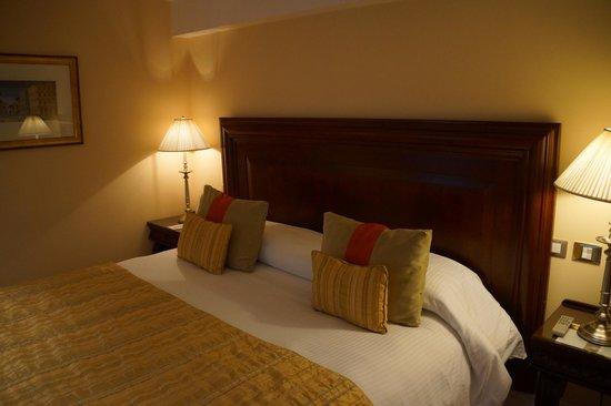 Panamericano Buenos Aires Hotel : Bedroom
