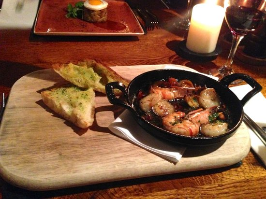 The Bear's Paw : Prawns Pil-Pil