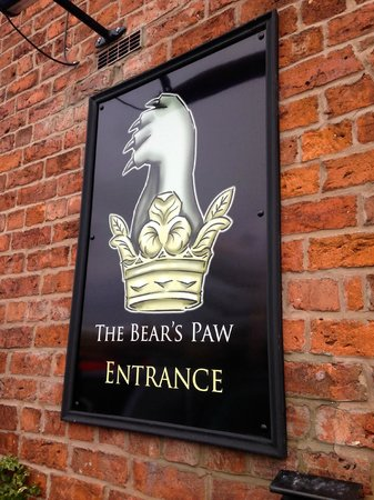 The Bear's Paw : The Bears Paw