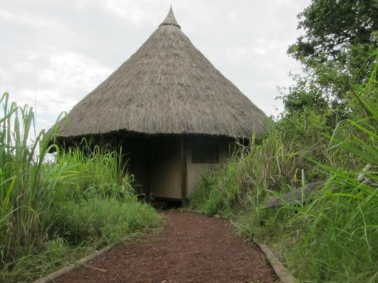 Ndarakwai Ranch Camp: Exterior of our room