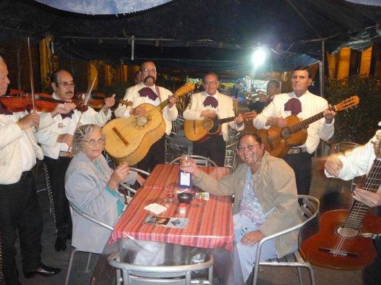 Plaza de los Mariachis: vamos comemorar