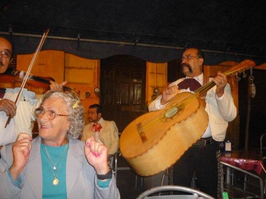 Plaza de los Mariachis: A alegria