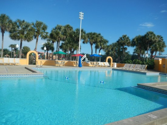 Disney's Caribbean Beach Resort: Caribbean Beach
