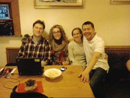 Hotel Alpi: Aperitivo con Mauro e la moglie Sabry