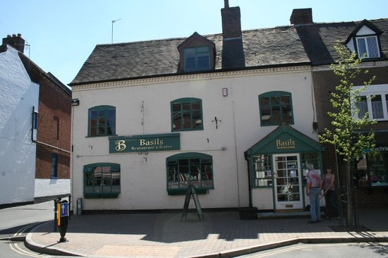 Kinver, UK: Basil's restaurant posted by Flornorvan Bed & Breakfast