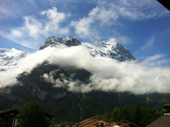 Hotel Kirchbuehl: Eiger mount جبل eiger