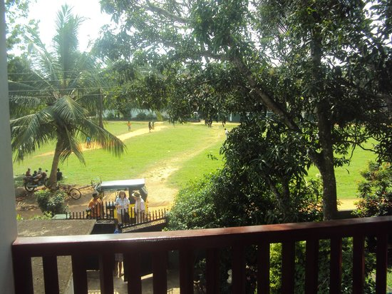 Little Paradise Tourist Guest House and Holiday Home Anuradhapura: little play ground as viewed from our balcony
