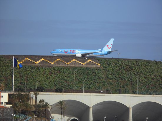 Vila Galé Santa Cruz: Flughafen aus der Hotelnähe