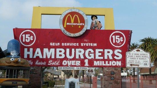 Original McDonald's Site and Museum: The original sign
