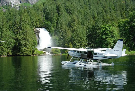 Seair Seaplanes: Chatterbox Falls on the Sunshine Coast