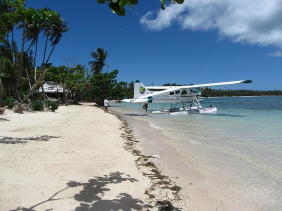 Nanuya Island Resort: If you can afford it, then fly with this, to and from the airport.