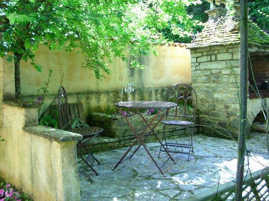 Le Jardin Sarlat: Small terrace