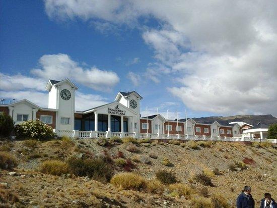 Unique Luxury Patagonia: Vista frente del hotel