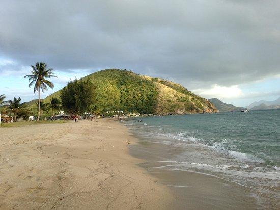 Timothy Beach Resort: beach