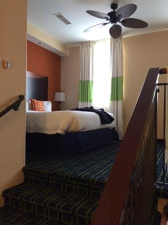 Fairfield Inn & Suites Baltimore Downtown/Inner Harbor : We loved it -- Very stylish