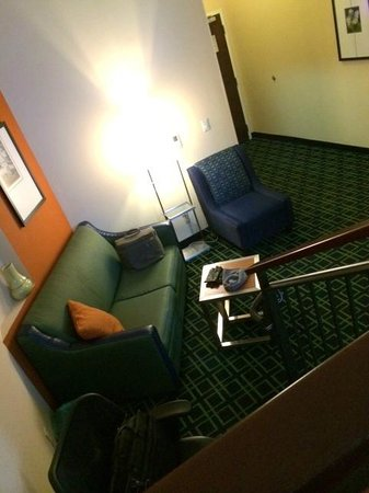 Fairfield Inn & Suites Baltimore Downtown/Inner Harbor: Our suite:  very nice, clean, quiet and classy!