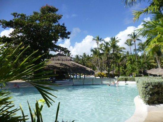 Grand Palladium Bavaro Suites Resort & Spa: Disfrute al maximo, una excelente piscina