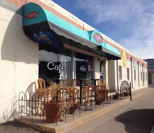 Stumpy's Cafe: Location