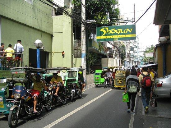 Zamora Street & the Shogun Suite Hotel.