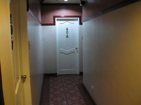 Shogun Suite Hotel : The public areas were kept very clean.