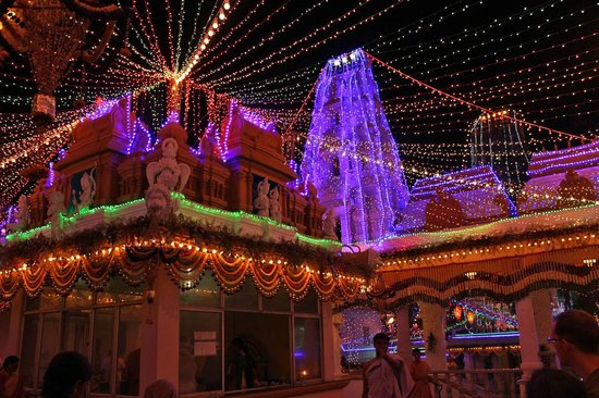 Surayanarayana Temple: another view of the elegantly lit temple located on an elevated area of Domlur
