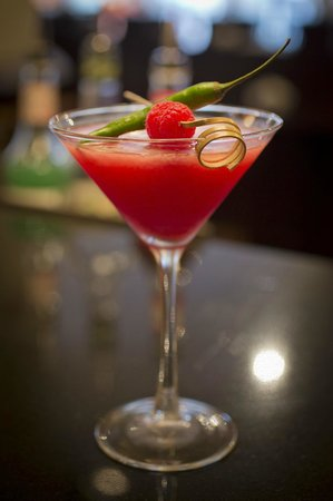 Asha's Indian Resturant and Bar : Raspberry and Chilli Martini