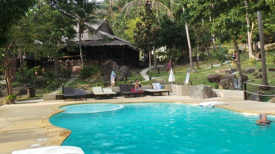 Shiralea Backpackers Resort: pool