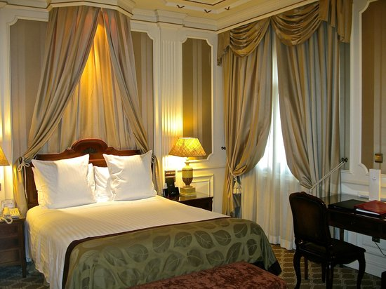 Gran Melia Fenix : Premium room detail