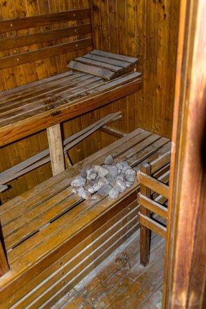 Jormand Hotel Apartments: Sauna