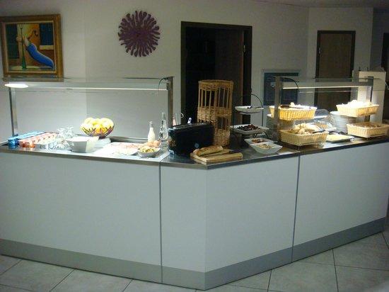 Kyriad Perpignan Sud : Breakfast room 3