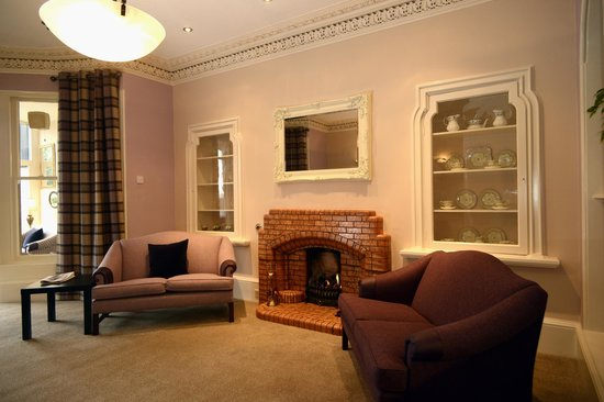 The Acarsaid: Relax by the fire & sample a local Malt