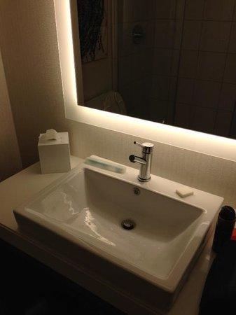 Tropicana Evansville: Modern Fixtures in bathroom