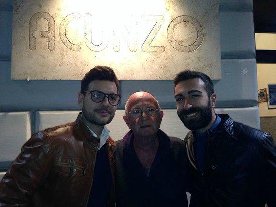 Pizzeria Acunzo: Col mitico proprietario!!!