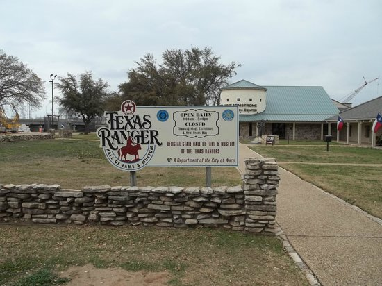 Texas Ranger Hall of Fame and Museum: Sign in front of the Texas Rangers Museum