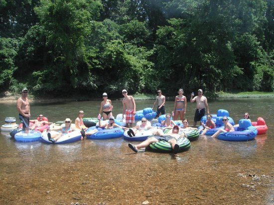 Blue Springs Ranch Campground & Canoe Rental: More floatin'