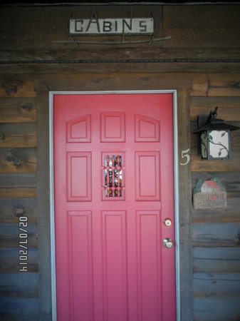 front door of cabin # 5 - Picture of Mountainaire Inn and Log Cabins ...