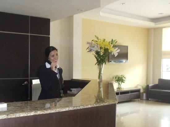 Grand Hotel Hernancor: Recepción