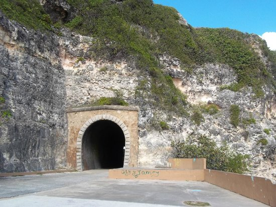 Tunel de Guajataca : Entrance of the Tunnel