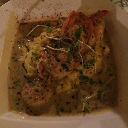 Conuco : Scallops and shrimp in a coconut sauce. Wow!