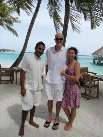 Gili Lankanfushi Maldives : С менеджером на пляже