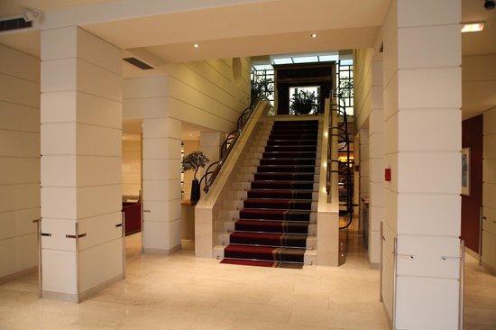 K+K Palais Hotel: Main entrance