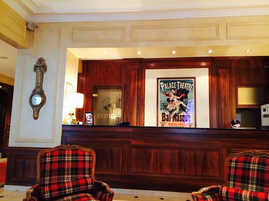 West-End Hotel : Reception area