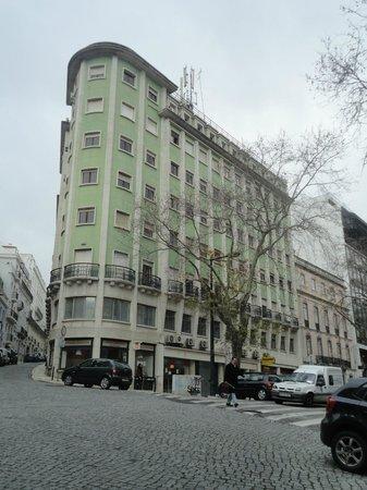 Baluarte Citadino - Stay Cool Hostel : Hostel ali no primeiro piso desse edifício