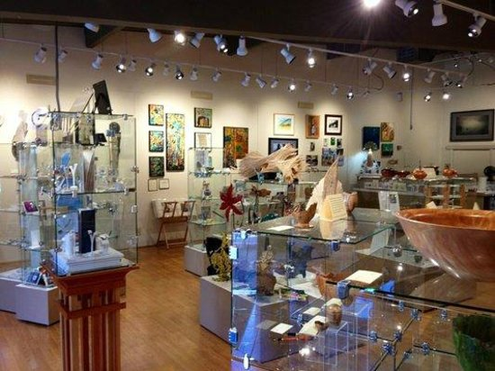 Front Street Gallery : The gallery